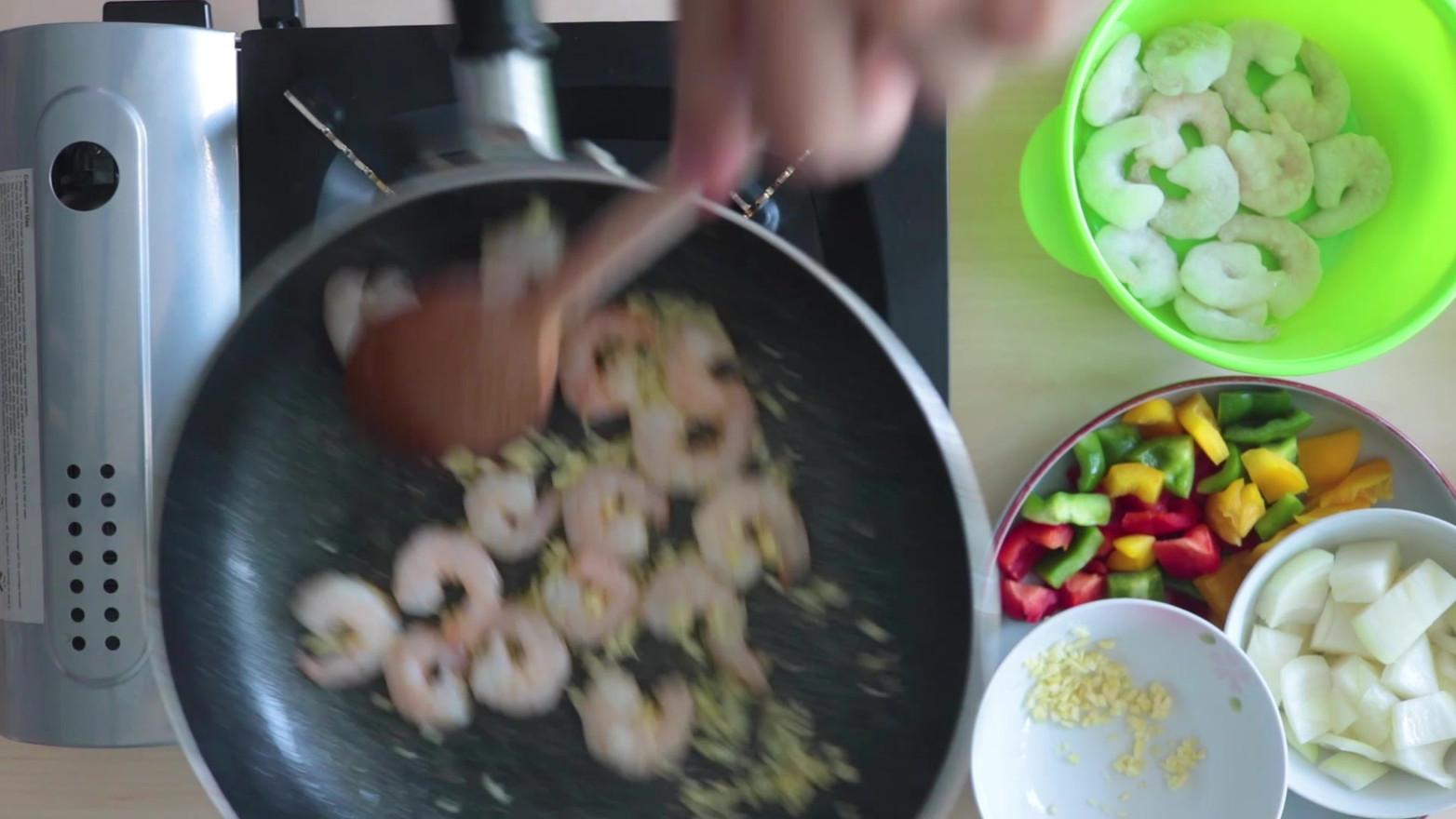 garlic shrimp trailer v2.mp4