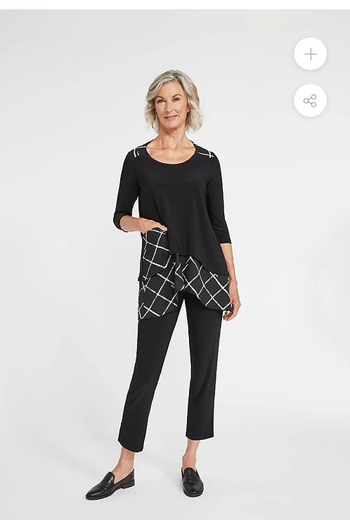 Comfy Top with Crosshatch Pattern