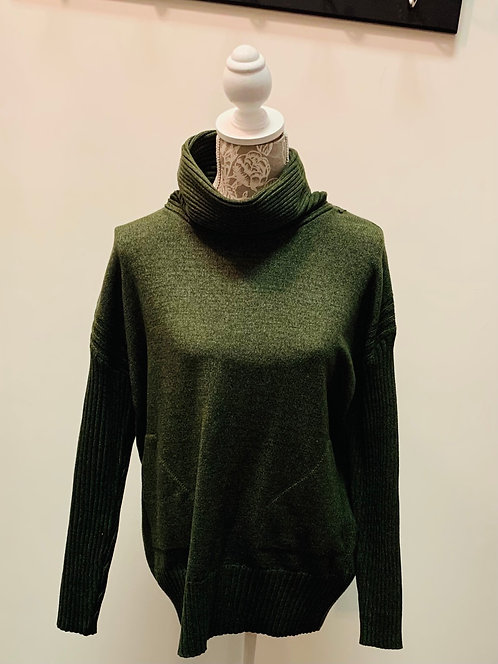 Green Turtle Neck with Pockets