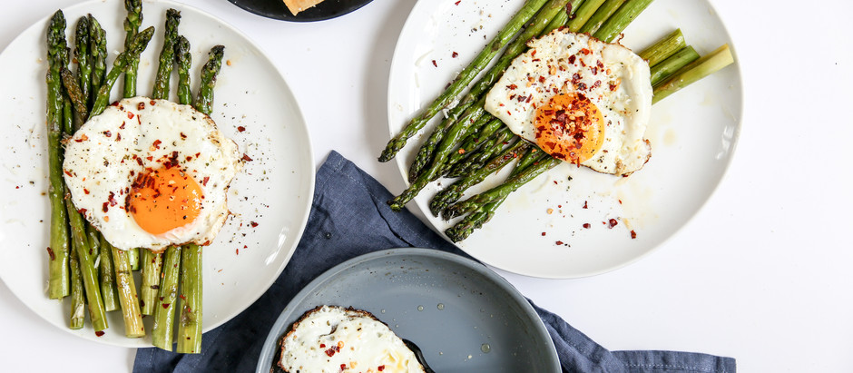 Oven-roasted Asparagus with Chili Eggs