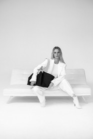 Sustainable fashion brand Distyled, vegan leather bags, eco friendly bags, recycled bags 2