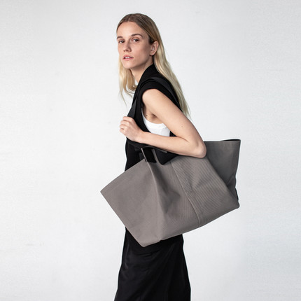 Origami bag in grey