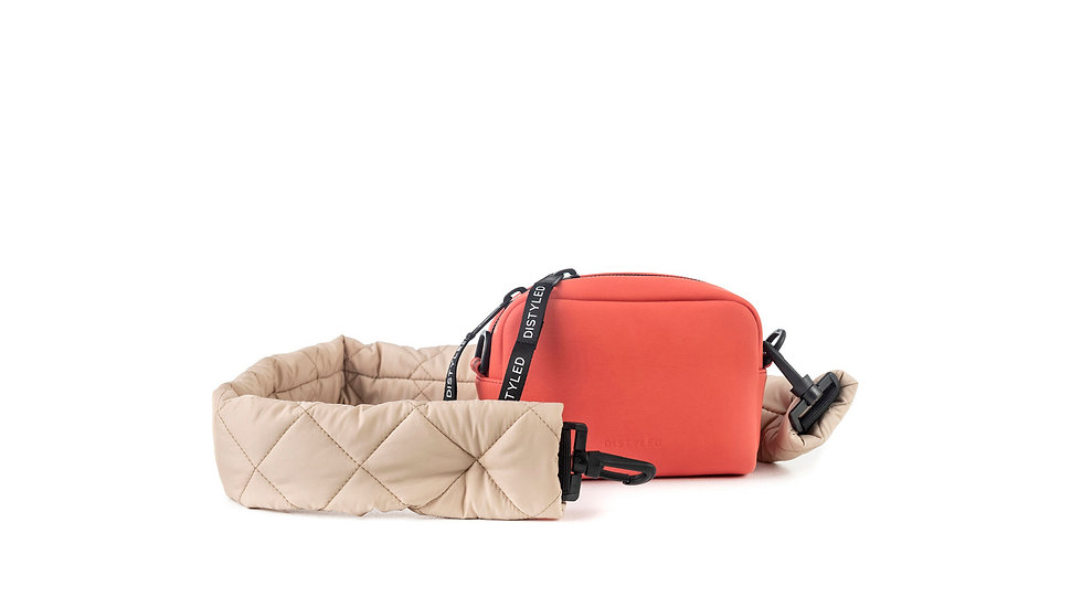 Leather Camera bag, small/ quilted strap