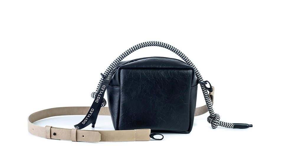 Box bag, small / flat strap