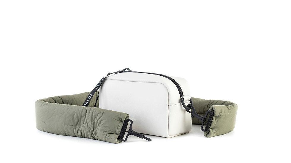 Camera bag, medium/ padded strap