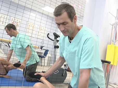 Fisioterapia di prevenzione: ecco gli esercizi per rinforzare muscoli ed ossa