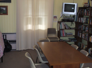 Meeting/Library Room