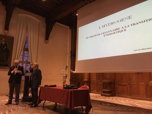 Conférence du Pr Pierre Valdiguié : «  L'hydrogène : du moteur cellulaire à la transition énergétiqu