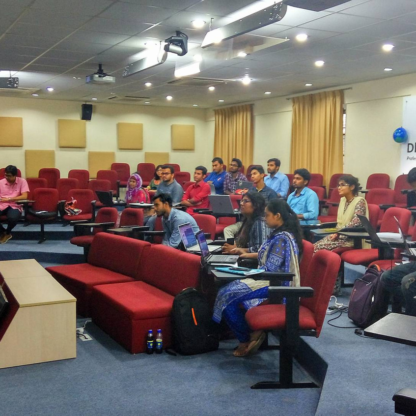 The group of YouthMappers at DU