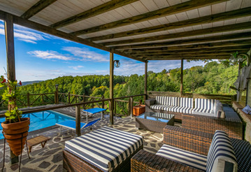 Die Pool Lounge