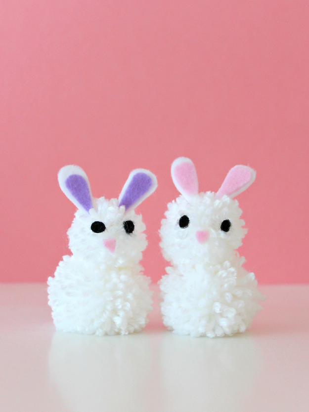 DIY Pom Pom Bunnies by White House Crafts
