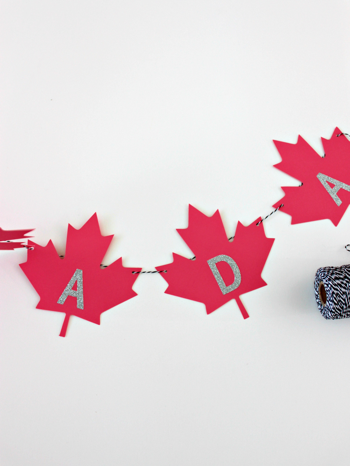 Oh Canada Maple Leaf Garland With Free Template