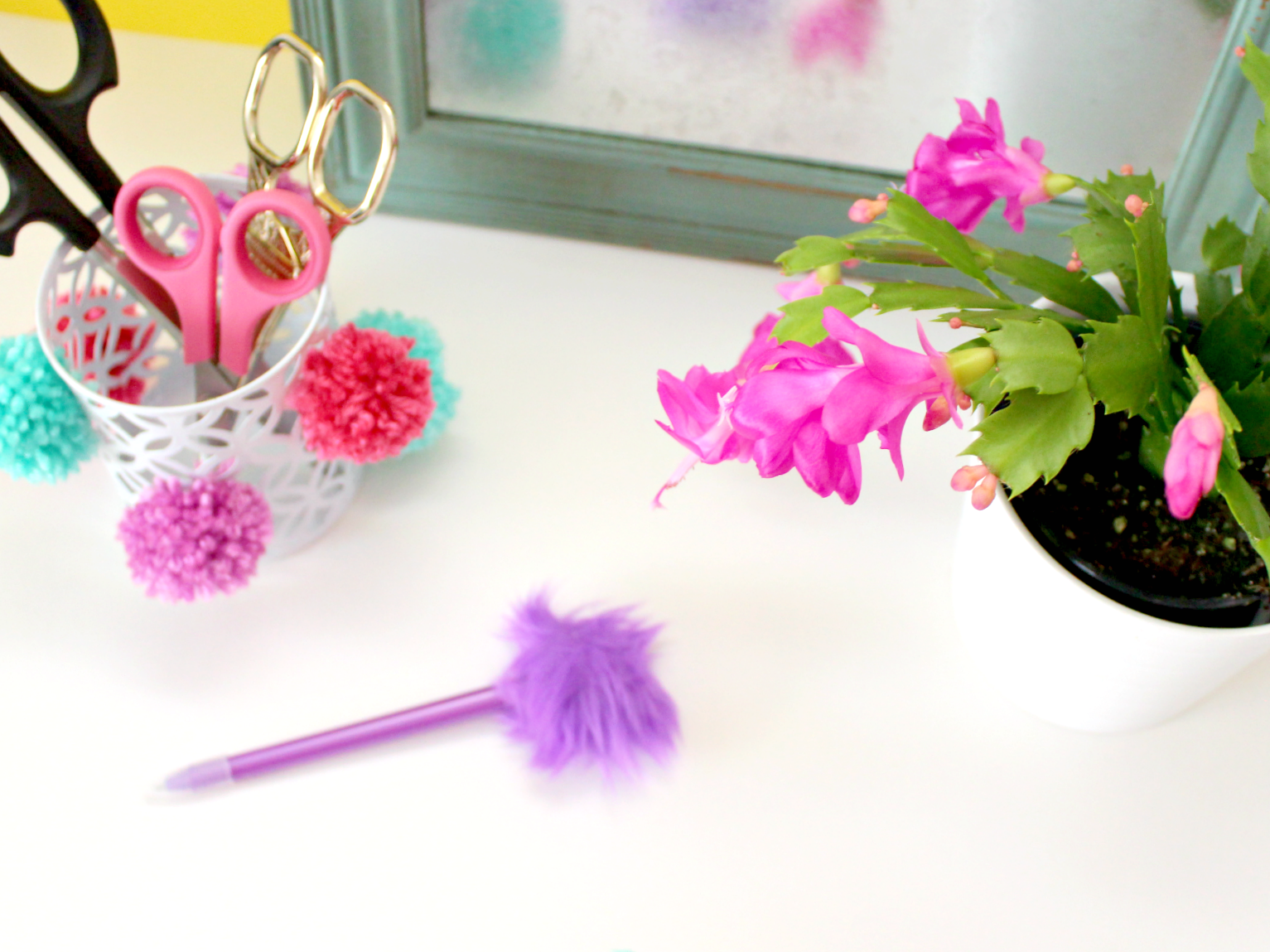 Diy Pom Pom Pencil Cup Obsigen