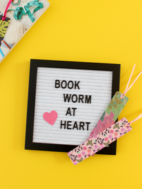 FIVE MINUTE CRAFT: BOOKMARKS FOR BACK-TO-SCHOOL