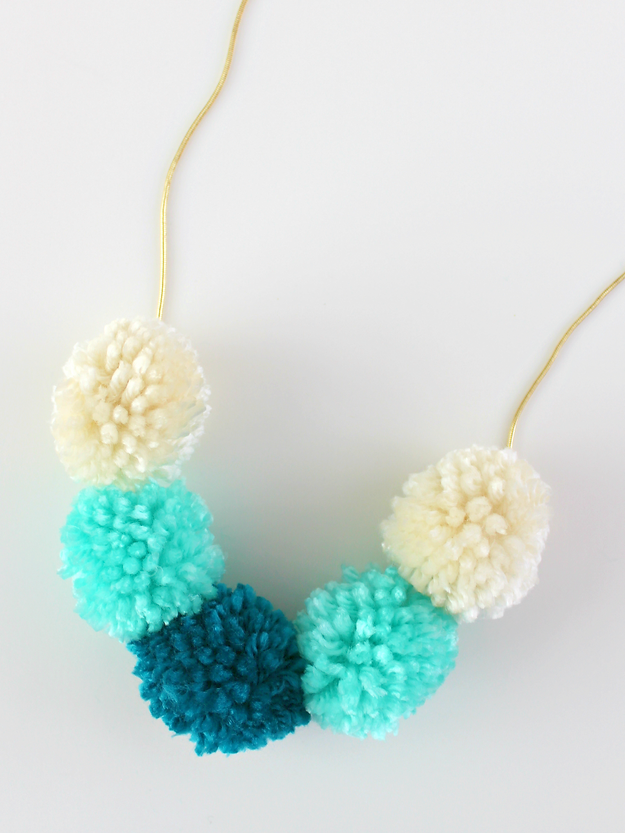 DIY Pom Pom Necklace by Whitehouse Crafts