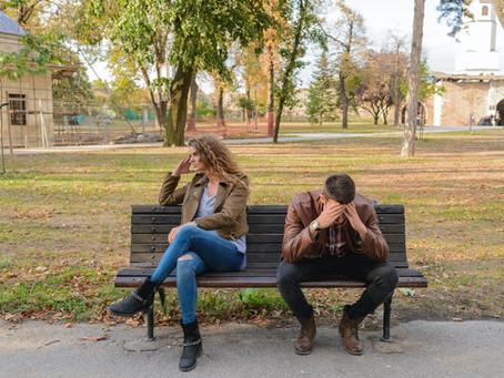 Las 5 etapas del duelo al final de una relación.