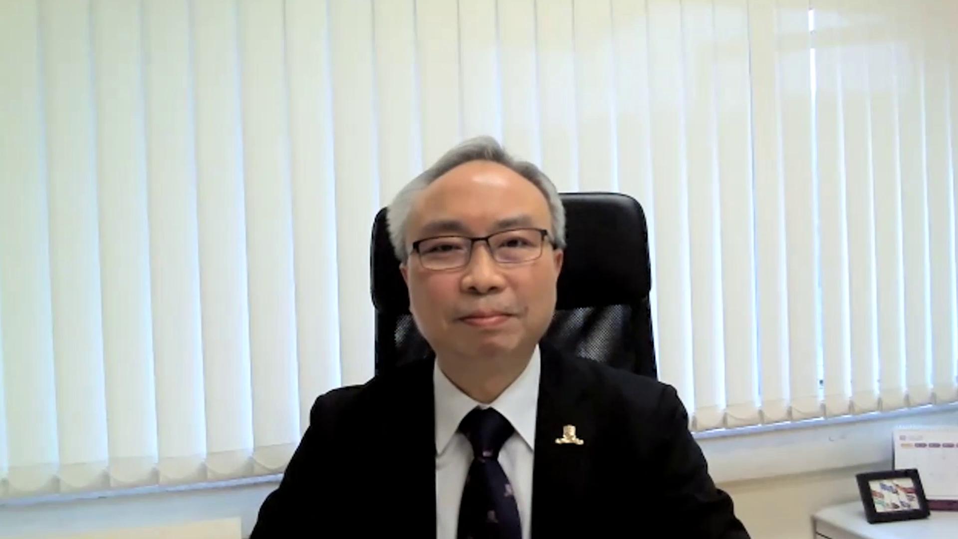 中大中國語言及文學系系主任鄧思穎教授為頒獎典禮致開幕辭。