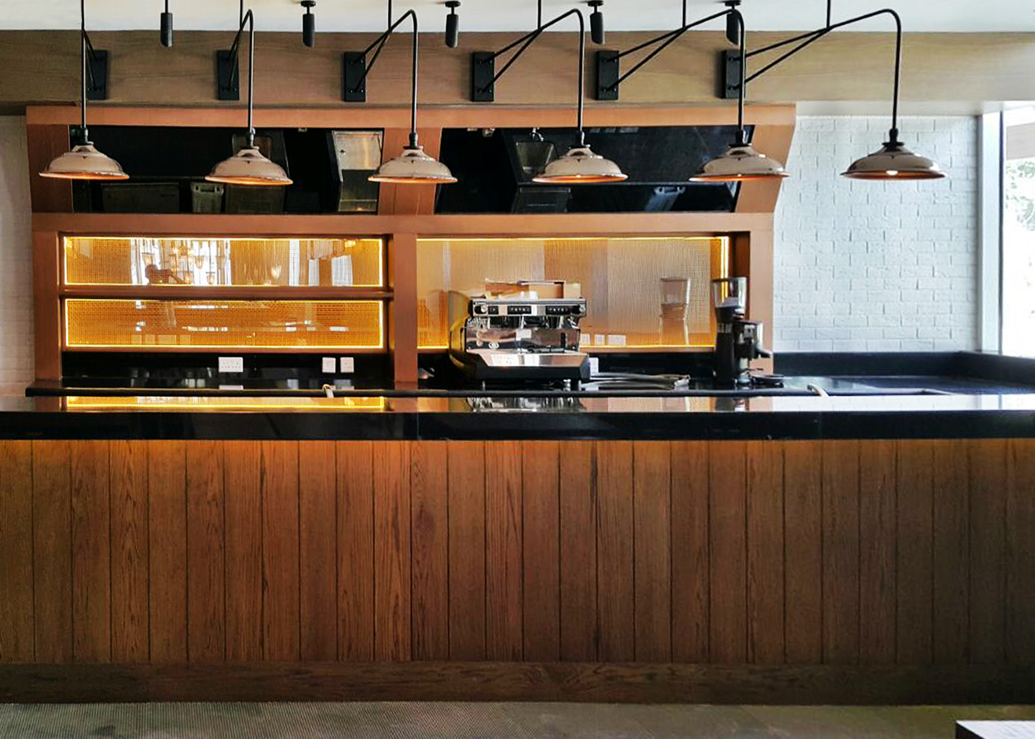 Fish Pub (4)