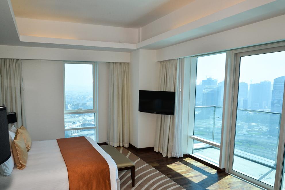 Fraser Suites Room 03