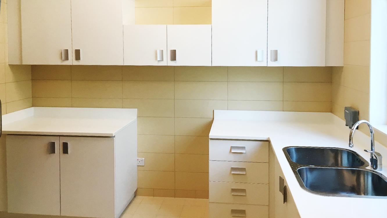 Laminate Cabinets  (5)