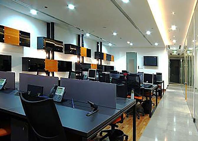 Al Gebra Office - DIF Center 1