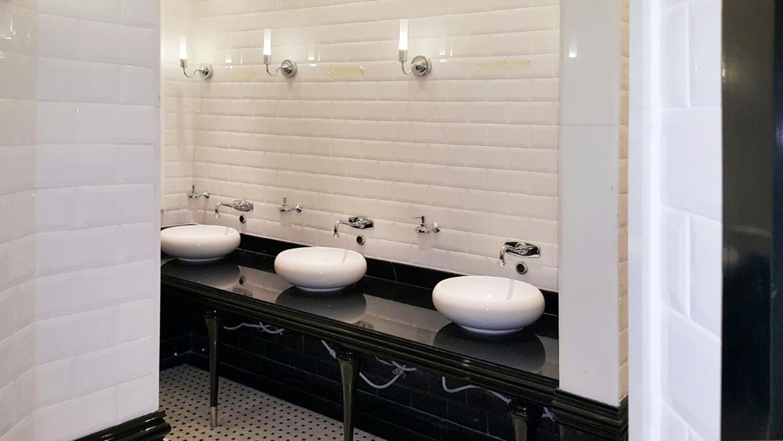 Public Toilet (2)