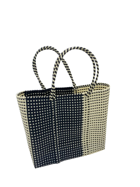 B&W XL Tote with X-Long Handles