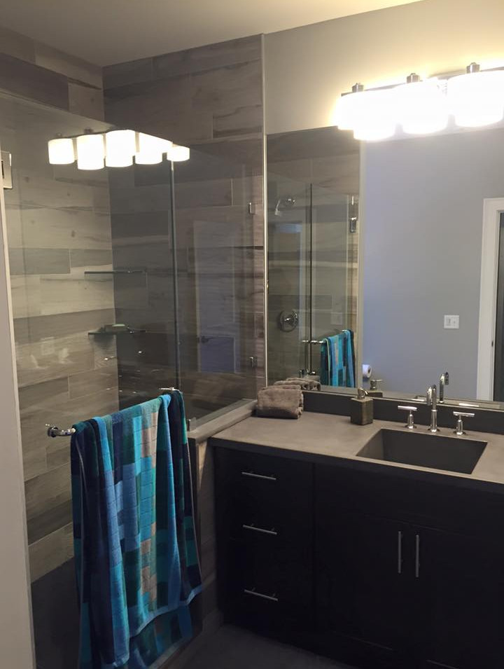 Decarlo Residence Bathroom