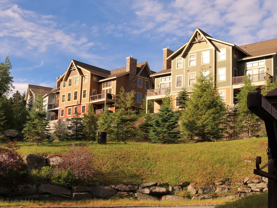 Boulder Ridge Condominiums