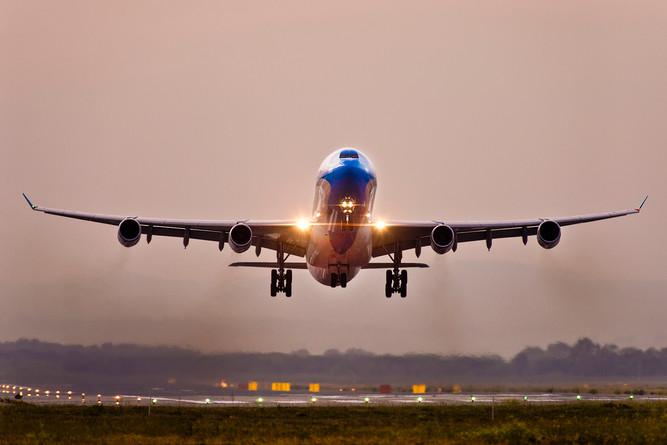 A340 take off 16R