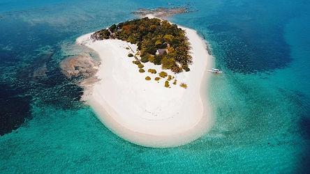 North Cay, ile privée, plages de sable blanc, eaux cristallines, une atmosphère de bout du monde.