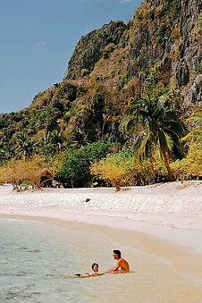 Itinéraires aux Philippines, tour bateau privé Black Island prés de Coron
