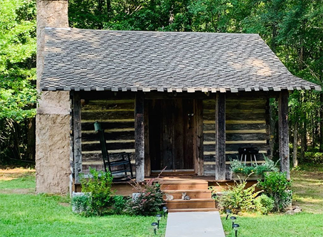 20 Unique Arkansas Airbnbs: Boats, Yurts & Farms
