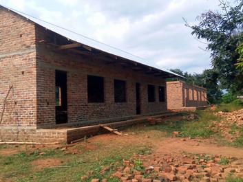 カブラ村小学校 教室建設途中報告2