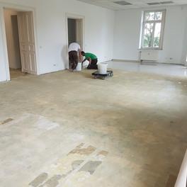 Fußboden spachteln