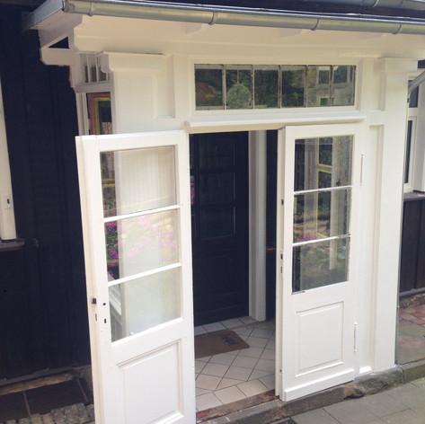 Lackieren von Fenster und Türen