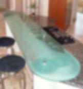 Стеклянная барная стойка с пескострйной обработкой