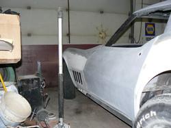 084_corvette_1969_assembling