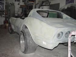 106_corvette_1969_assembling
