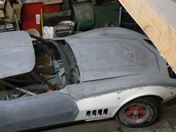 087_corvette_1969_assembling