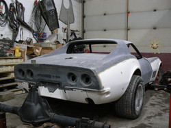 094_corvette_1969_assembling