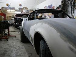 088_corvette_1969_assembling