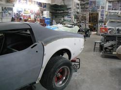 077_corvette_1969_assembling