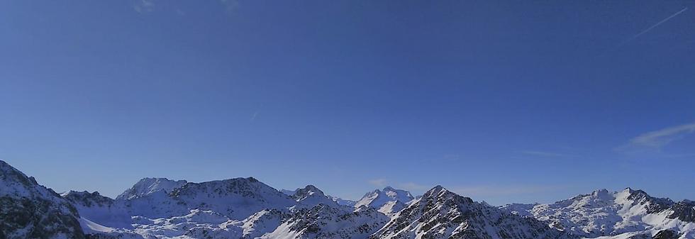 Vue pyrenees retouche.png