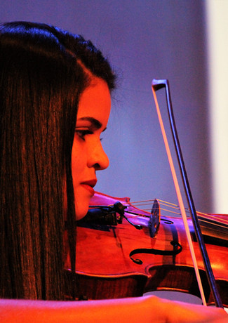 Taubaté, SP - Violinista Gleyce Anne