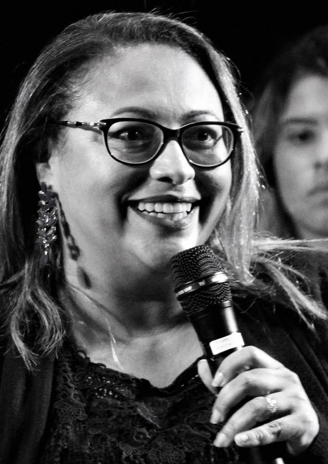 Niterói, RJ - Maestrina Fatima Mendonsa
