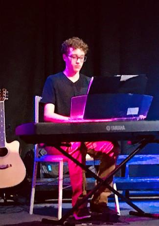 Taubaté, SP - Pianista Gabriel Monfardine