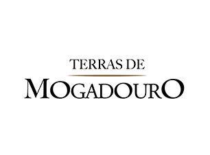 Vinhos_Terras_Mogadouro_produtor_tras_os_montes_Casa_Oliveira_Import.jpg