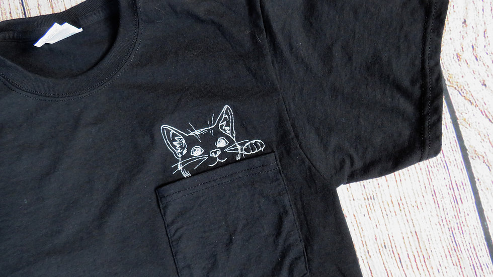 Cat Pocket T-shirt Embroidered