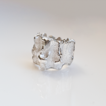 Pearly Silver Ring